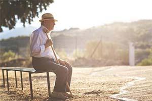 老年人白癜风的治疗方法哪种好